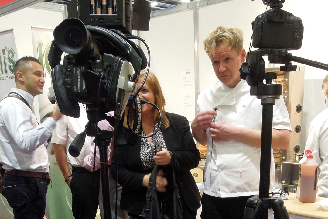 Gordon-Ramsay-lookalike-Excel-Trade show-filming