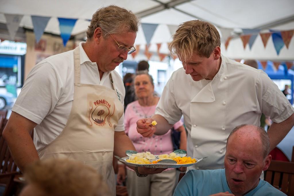 Gordon-Ramsay-lookalike-Martin-Jordan-Food-Festival-appearnce