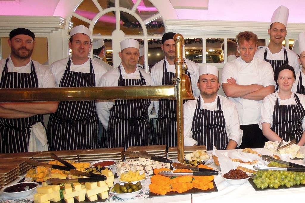 Gunton Hall Gordon Ramsay lookalike Martin Jordan Christmas dinner copy