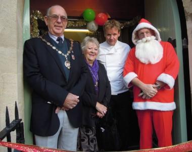 Happy Christmas from Gordon Ramsay lookalike