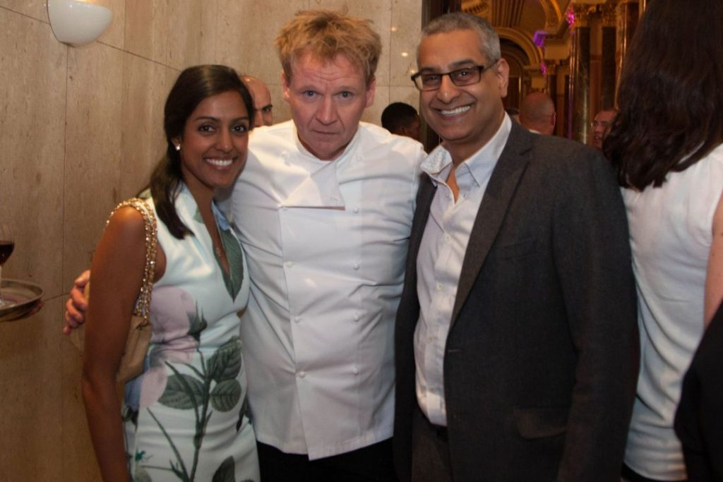Gordon Ramsay lookalike mix and mingle entertainer