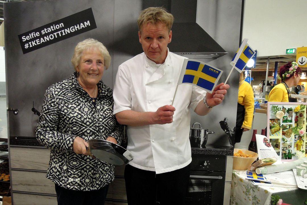 Gordon Ramsay Lookalike surprises shoppers at Ikea Nottingham food festival